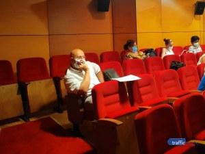 Пловдивският омбудсман работил като за трима, смята заплатата си за неадекватна