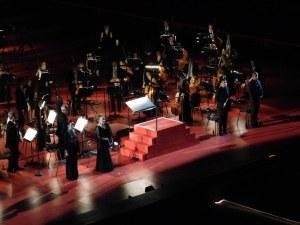 Ученичка на Райна Кабаиванска пя на Арена ди Верона в памет на жертвите на COVID-19