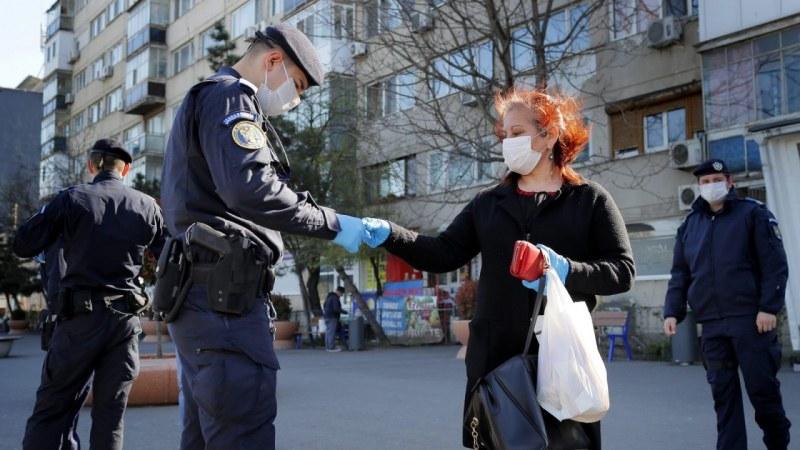 Епидемията в Румъния се утежнява, спад на случаите от COVID-19 в Сърбия