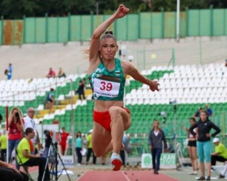 Габи Петрова помогна за историческа титла на Локомотив