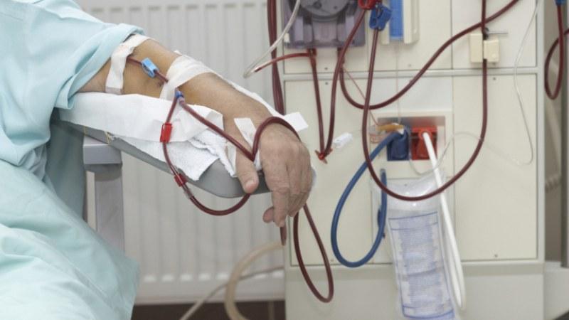 11 души на хемодиализа са се заразили с коронавирус