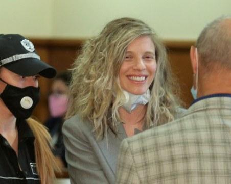 10 съдебни състава са потвърдили, че ЛиЛана е извършила престъпление