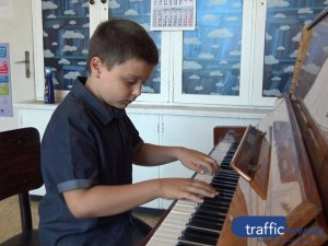 8-годишният пловдивски пианист Борис със световно признание