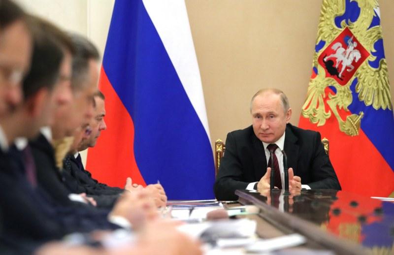 Путин: Русия регистрира първата ваксина срещу COVID-19,  формира стабилен имунитет