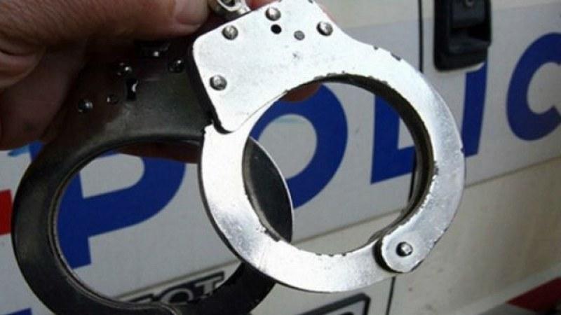 24-годишен повреди асансьор на пасарелка в Пловдив