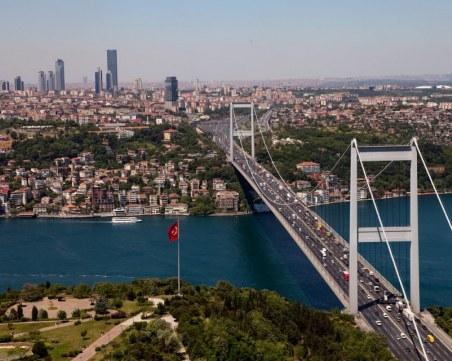 Коронавирусът съсипа туризма в Истанбул