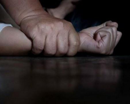 15-годишен блудства с момче в училищна тоалетна край Пловдив