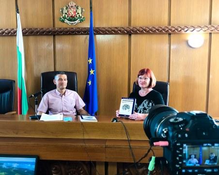 Пловдивски съдия издаде третата си книга