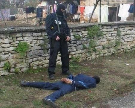 Ром с множество криминални прояви стои за кървавия инцидент в Пазарджик
