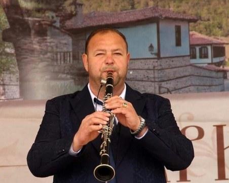 """Музикант от оркестър """"Пловдив"""" се нуждае от спешна животоспасяваща трансплантация"""