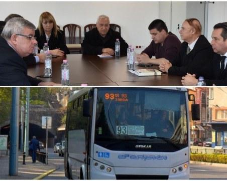Дежавю или ужас без край – градският транспорт в Пловдив отново бил в колапс