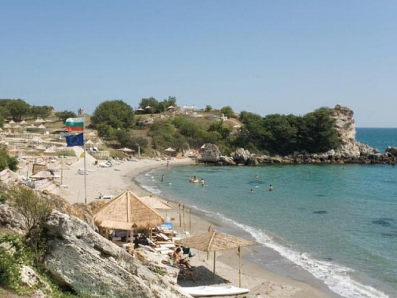 Дружеството, ограничило достъпа до наш плаж, жали санкцията си