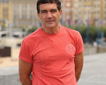 Антонио Бандерас пребори COVID - 19