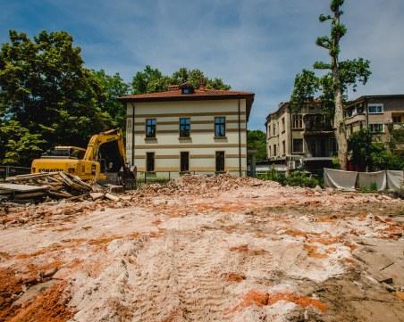 Пореден скандал със съборената къща на Куцоглу! Багери търсят ...археология