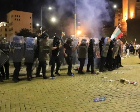 Синдикатите на МВР: Право на полицаите е да могат да се защитят