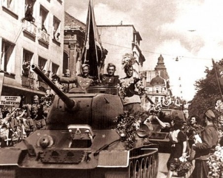 На 5 септември СССР обявява война на България! Лъжите, превърнали държавата ни в протекторат