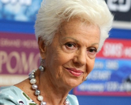 Райна Кабаиванска: Шокирана съм от протестите и поведението на президента