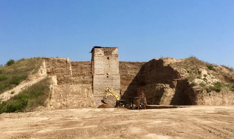 Реставратор мисли технология за реконструкцията и възстановяването на Малтепе