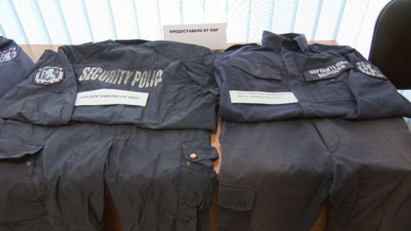 Проверка в МВР! Следят за нарушения при използването на униформите