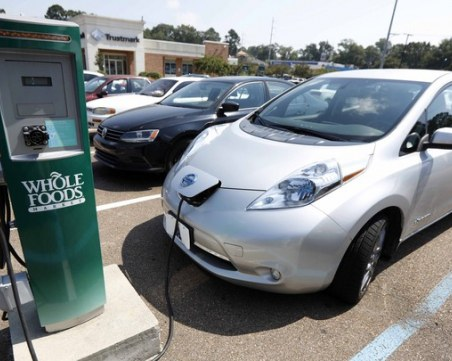 Бум на електромобилите! 1 на всеки 4 автомобила на ток до 2025