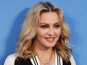 Мадона снима автобиографичен филм