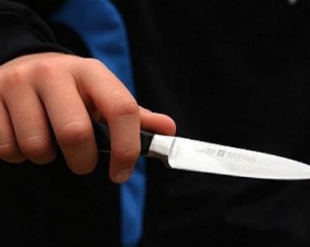 20-годишен заплаши с нож и обра шофьорка на такси - задържаха го