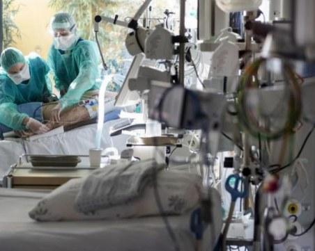 Мадрит поиска помощ от армията за борба с COVID-19, отново изградат импровизирани болници