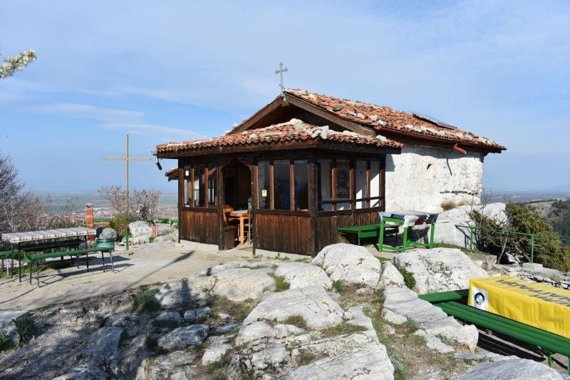 """Доброволци се включват в акция за ремонт на параклис """"Свети Димитър"""