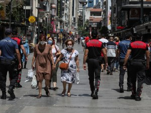 COVID-19 на Балканите: Турция продължава да е с най-много случаи и жертви