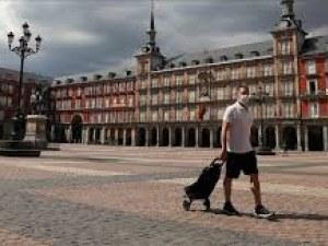 Заразата в Мадрид набира сила, в Каталуния мерят температурата на идващите от столицата