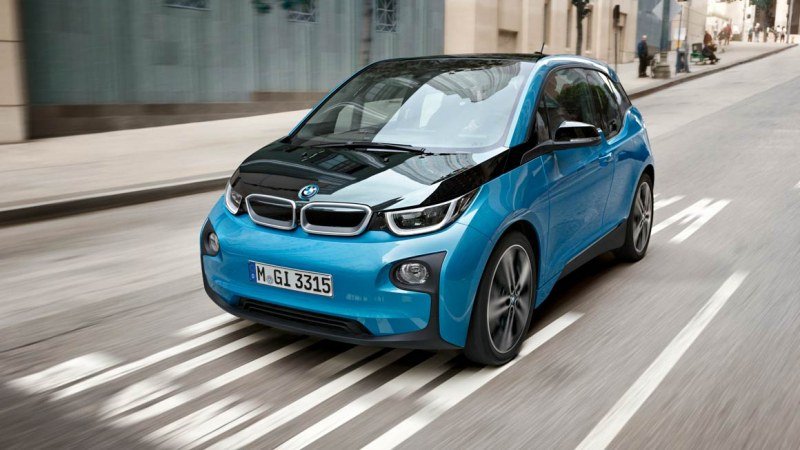БМВ увеличава продукцията на части за електромобили в Германия