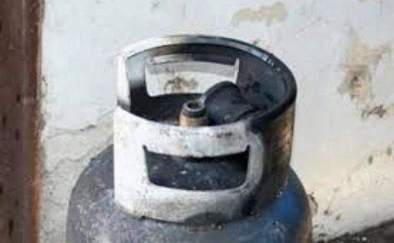 Газова бутилка се взриви в Бургас, баща и син пострадаха