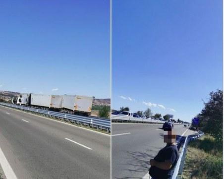 """Катастрофа между три тира блокира АМ """"Тракия"""" на изхода на Бургас"""