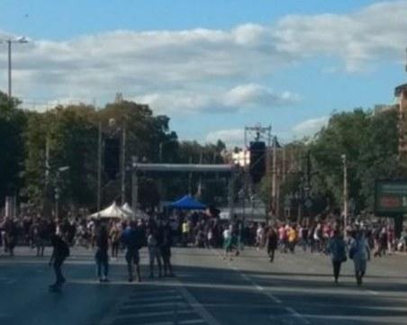 Митинг-концертът в София започна почти без публика