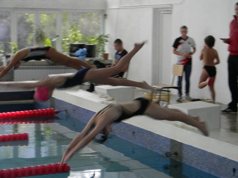 Пловдивски плувци обраха медалите в турнира за Купата на кмета