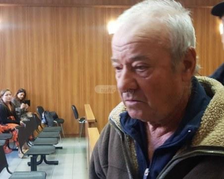 Простреляният 11 пъти пловдивски фермер иска 90 бона от нападателя си
