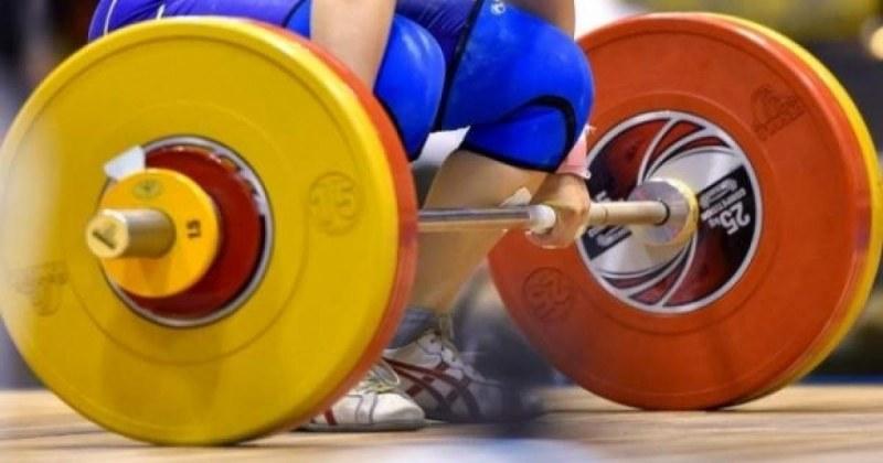 Спряха правата на наш щангист заради допинг