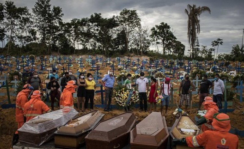 Още един ужасен ден в Бразилия: 32 058 заразени с вируса, 863 души починаха