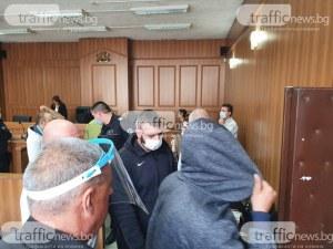 Синът на Катя Лерца и приятелите му, похитили мъж в Пловдив, остават още седмица зад решетките