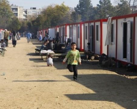 Бой в бежанския център в Харманли! Мъж е с опасност за живота