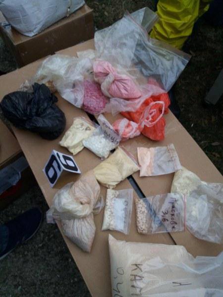 Акция на ГДБОП: Намериха над 200 килограма амфетамини