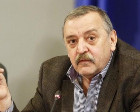 Кантарджиев: Мерките срещу COVID-19 зависят от областните щабове