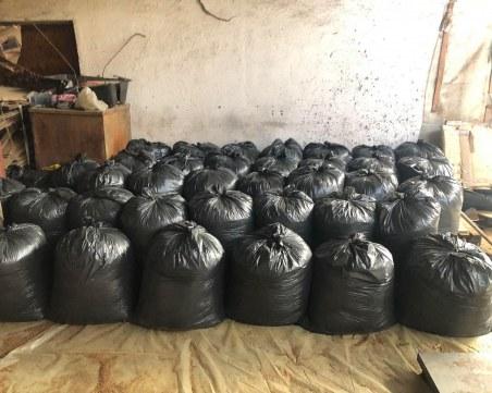 Спецакция в Пловдивско! Конфискуваха 3 тона тютюн, има арестувани
