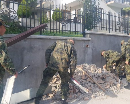 След урагана в Смолян, военни оказват помощ на пострадалото население