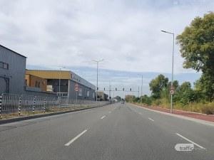 Триноги дебнат постоянно на новия пловдивски булевард – защо ограничението е 40 км/ч?