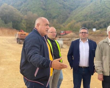 Борисов: Работим за изграждането на трета лента на част от пътя между Асеновград и Пампорово
