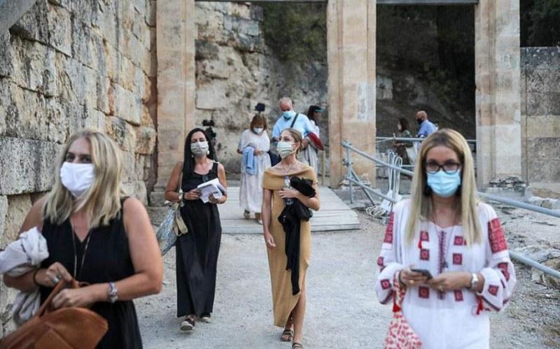 До дни може да наложат пълна карантина на Солун и още две гръцки области