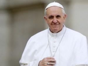 Папата: Хомосексуалните двойки имат право на брак