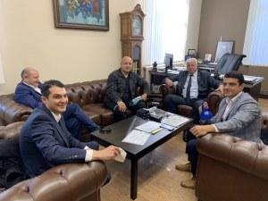 Зико с мерки за бизнеса в Пловдив, иска да отпаднат таксите за маси на открито