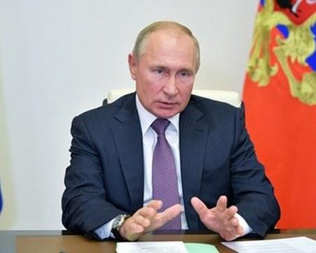 Путин лично помогнал за изпращането на Навални в Германия